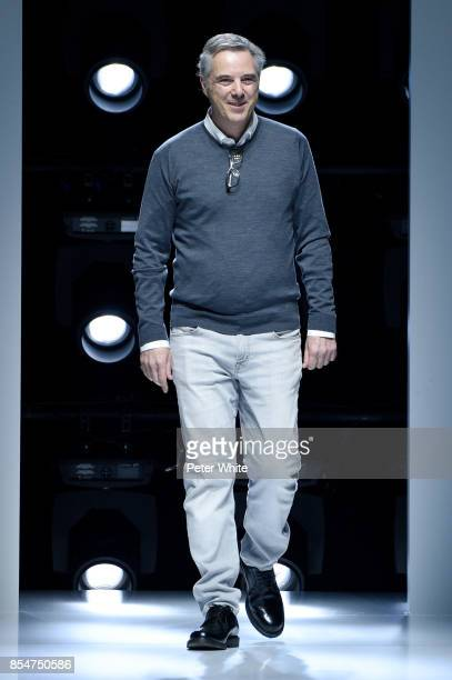 Olivier Lapidus acknowledges the audience after the Lanvin show as part of the Paris Fashion Week Womenswear Spring/Summer 2018 on September 27 2017...