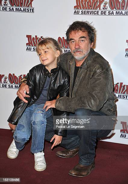 Olivier Marchal and his daughter Ninon attend the 'Asterix Obelix Au Service De Sa Majeste' premiere at Le Grand Rex on September 30 2012 in Paris...