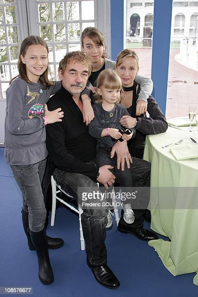 Olivier Marchal and his wife Catherine with their children at the 'Hippodrome de Longchamp' in Paris France on April 6 2008