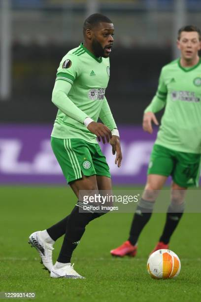 Olivier Ntcham of FC Celtic Glasgow controls the ball during the UEFA Europa League Group H stage match between AC Milan and Celtic at San Siro...