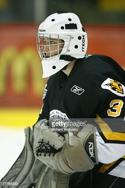 Olivier Roy of the Cap Breton Screaming Eagles warms up prior to facing the Val D'Or Foreurs at the Air Creebec Centre on November 03, 2007 in Val...