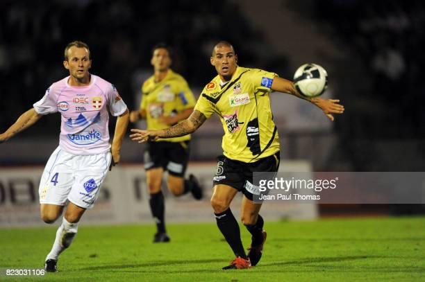 Olivier SORLIN / Carl MEDJANI - - - Evian Thonon Gaillard / Ajaccio - 6eme journee de Ligue 2 - Parc des Sports d Annecy -