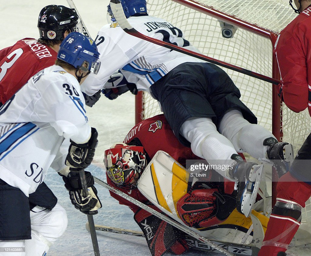 Torino 2006 Olympic Games - Ice Hockey - Men's Preliminary Game - Group A Game