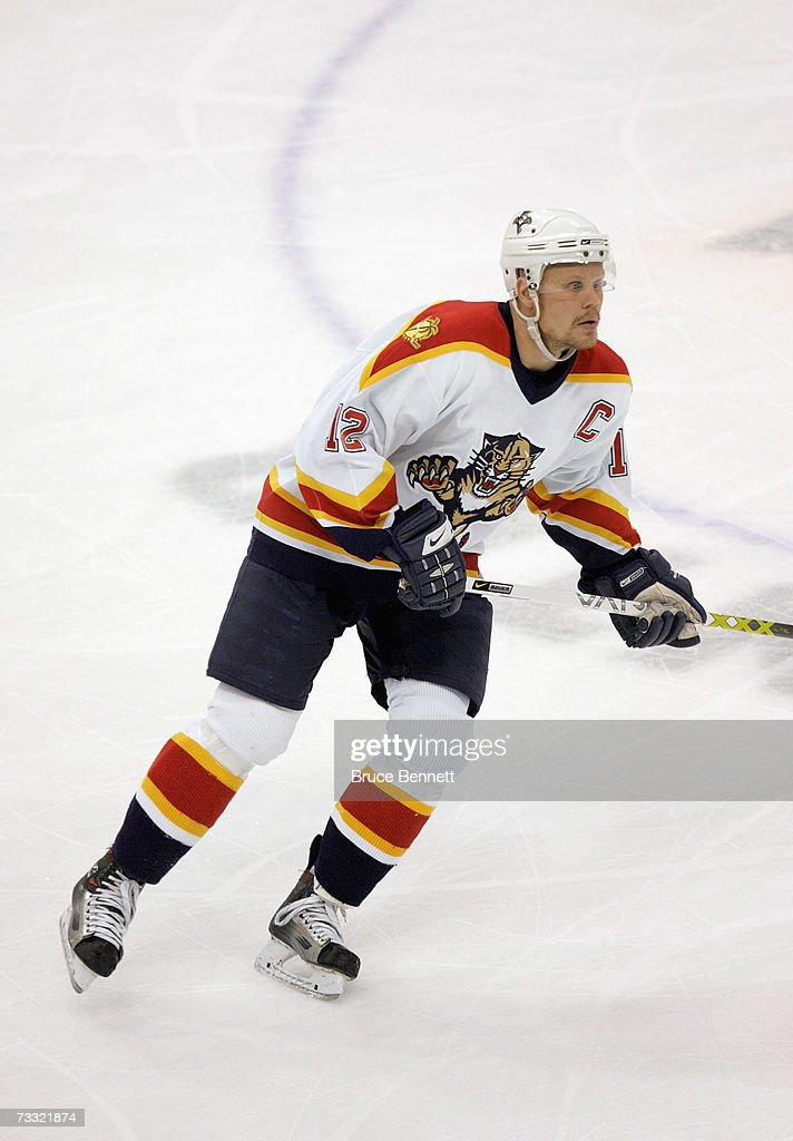 MN: Florida Panthers v Minnesota Wild : News Photo