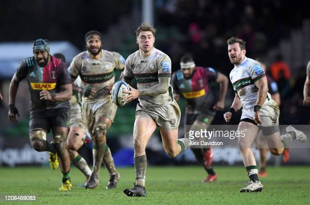 Ollie HassellCollins of London Irish makes a break during the Gallagher Premiership Rugby match between Harlequins and London Irish at The Stoop on...