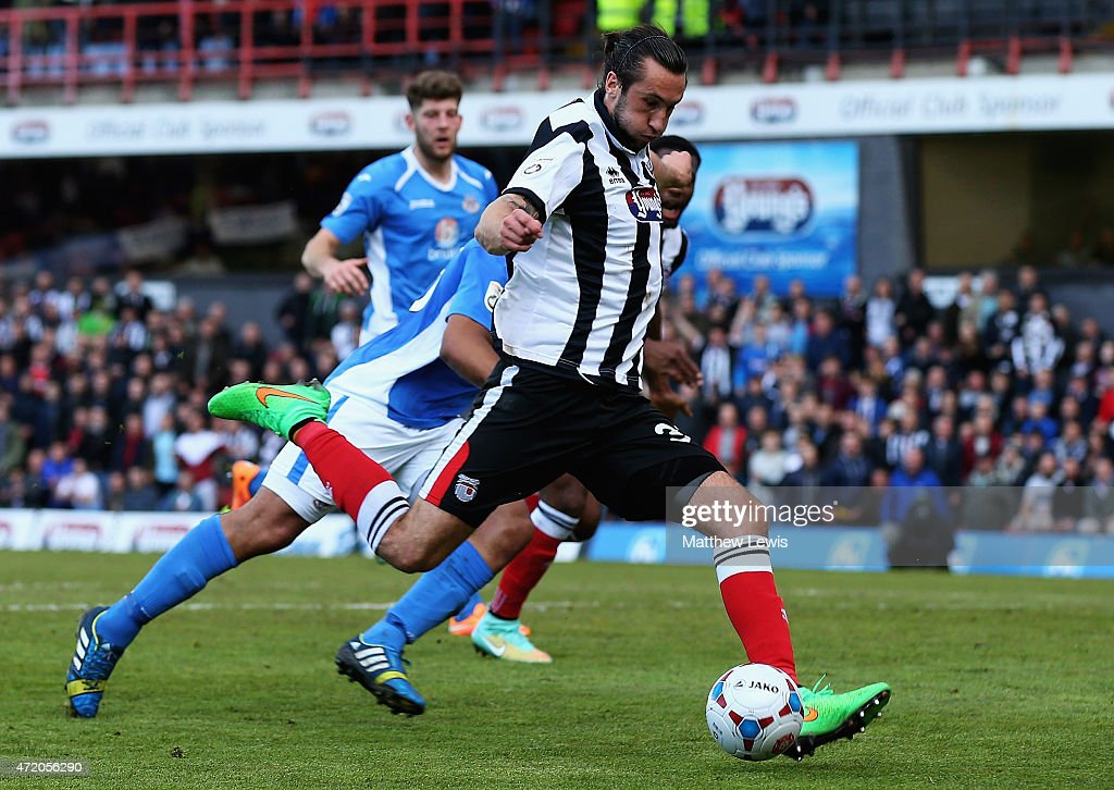 Ollie Palmer of Grimsby Town scores his second goal during the Vanarama Football Conference League match between Grimsby Town and Eastleigh FC at Blundell Park on May 3, 2015 in Grimsby, England.