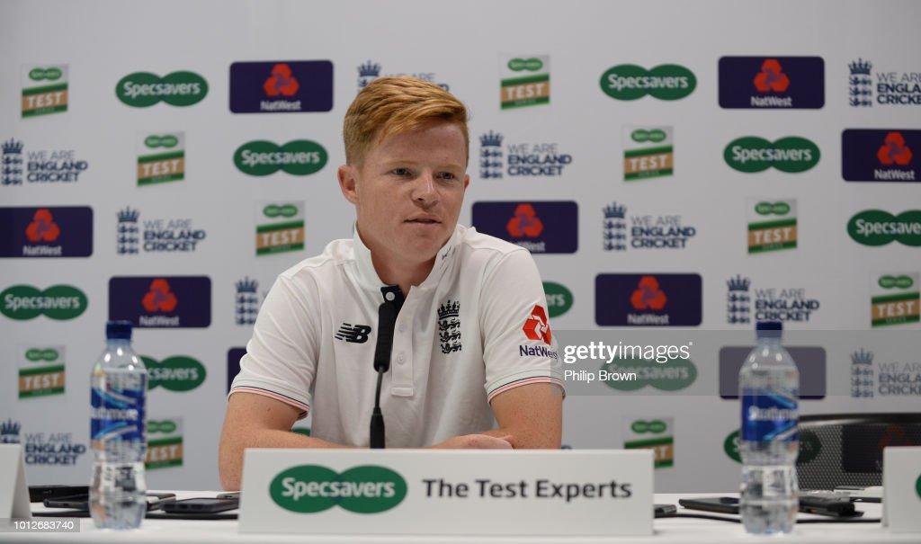 England Net Session : News Photo