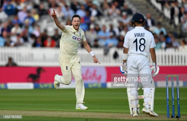 Ollie Robinson of England celebrates dismissing India captain Virat Kohli during day one of the Second LV= Insurance Test Match between England and...
