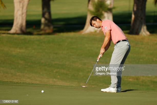 Ollie Schniederjans of the United States putts for bogie on the fifth green during the second round of the Bermuda Championship at Port Royal Golf...