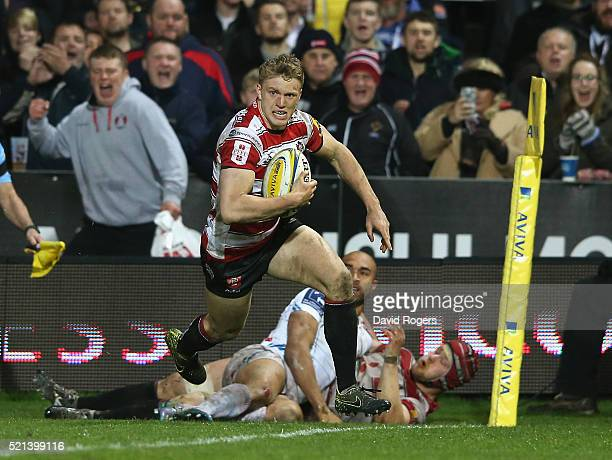 Ollie Thorley of Gloucester breaks clear to score the first try during the Aviva Premiership match between Gloucester and Exeter Chiefs at Kingsholm...