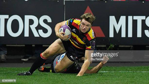 Ollie Thorley of Gloucester goes over for the third Gloucester try during the European Rugby Challenge Cup match between Gloucester Rugby and Stade...