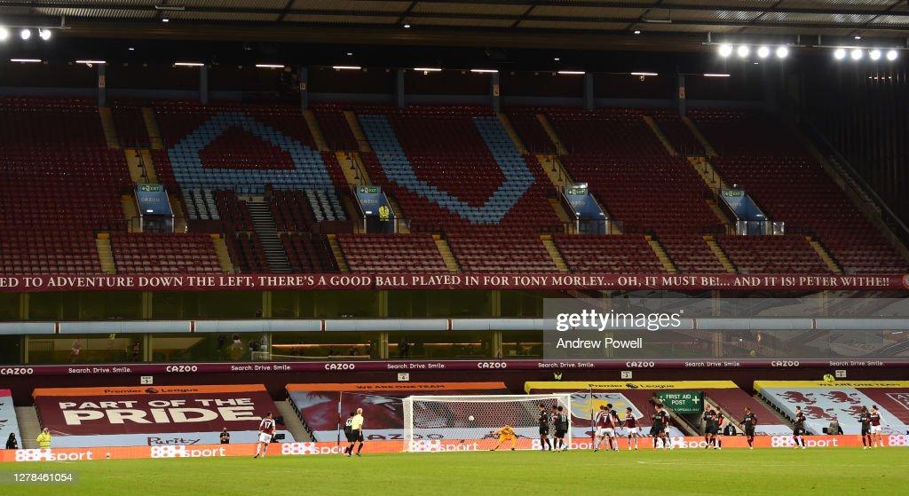 Aston Villa v Liverpool - Premier League : ニュース写真