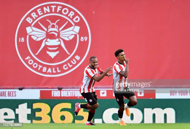 Ollie Watkins of Brentford celebrates scoring the opening goal during the Sky Bet Championship Play Off Semifinal 2nd Leg between Brentford and...