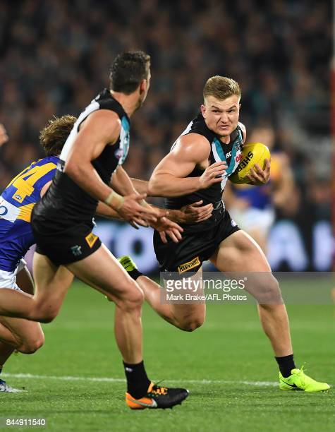 Ollie Wines of the Power during the AFL First Elimination Final match between Port Adelaide Power and West Coast Eagles at Adelaide Oval on September...