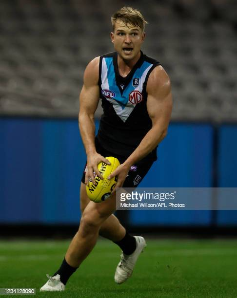 Ollie Wines of the Power in action during the 2021 AFL Round 19 match between the Port Adelaide Power and the Collingwood Magpies at Marvel Stadium...