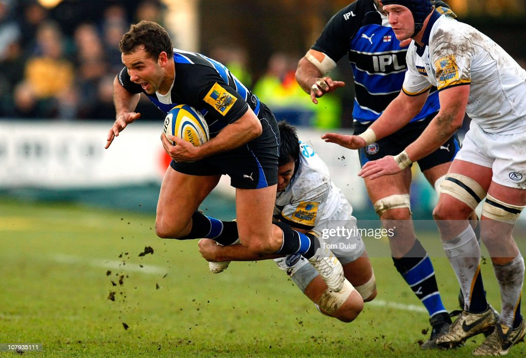 Olly Barkley of Bath in action during the Aviva Premiership match between Bath and Leeds Carnegie at the Recreation Ground on January 08, 2011 in Bath, England.