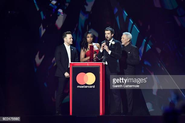 AWARDS 2018 *** Olly Murs Jennifer Hudson Jake Whitehall and Tom Jones on stage at The BRIT Awards 2018 held at The O2 Arena on February 21 2018 in...