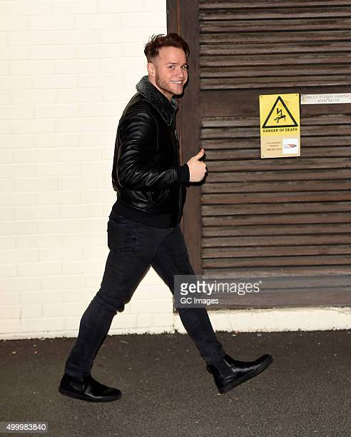 Olly Murs leaves Fountain Studios follwoing auditions on December 4 2015 in London England