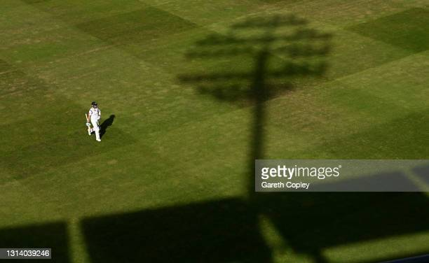 Olly Stone of Warwickshire leaves the field after being dismissed by Peter Siddle of Essex during the LV= Insurance County Championship match between...