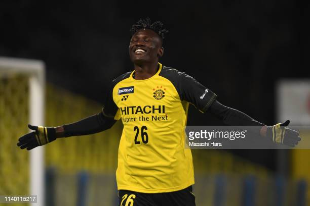 Olunga of Kashiwa Reysol celebrates the second goal during the JLeague J2 match between Kashiwa Reysol and VVaren Nagasaki at Sankyo Frontier Kashiwa...