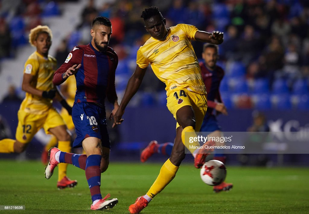 Olunga Ogada of Girona in action during the Copa del Rey, Round of 32, Second Leg match between Levante and Girona at Ciudad de Valencia Stadium on November 28, 2017 in Valencia, Spain.