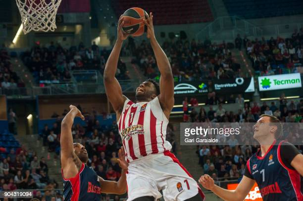 Olympiacos' American center Jamel Mclean drives to the basket during the 2017/2018 Turkish Airlines EuroLeague Regular Season game between Baskonia...