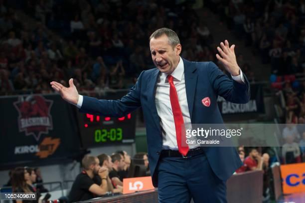 Olympiacos American Head Coach Davis Blatt during the Turkish Airlines EuroLeague match between Kirolbet Baskonia Vitoria Gasteiz and Olympiacos...