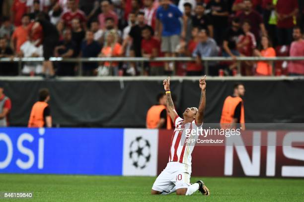 Olympiacos' Colombian midfielder Felipe Pardo celebrates after scoring during the UEFA Champions League Group D football match between Olympiacos...