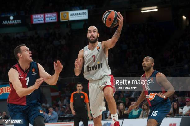 OlympiacosÕ Greek guard Vassilis Spanoulis drives to the basket during the Turkish Airlines EuroLeague match between Kirolbet Baskonia Vitoria...