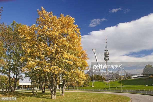 olympiapark - parc olympique lieu photos et images de collection