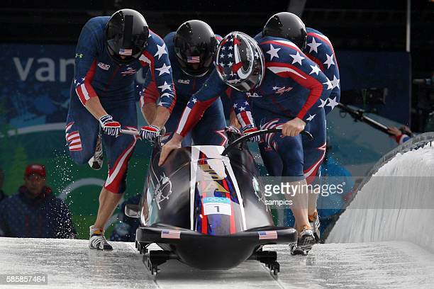 Olympiasieger .. USA 1 Steven Holcomb , Justin Olsen , Steve Mesler , Curtis Tomasevicz Viererbob Four Men Bob Olympische Winterspiele in Vancouver...