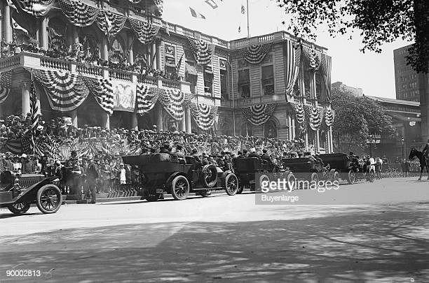 Olympic Athlete's Reception auto arrival at flag bedecked City Hall New York