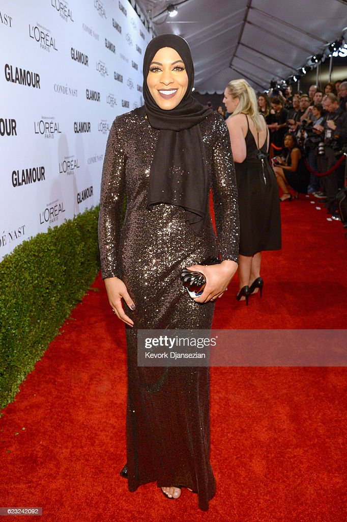 Olympic fencer Ibtihaj Muhammad attends Glamour Women Of The Year 2016 at NeueHouse Hollywood on November 14, 2016 in Los Angeles, California.