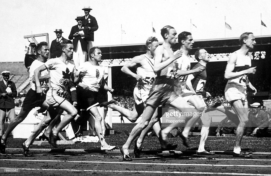 1928 Olympic Games. Amsterdam, Holland. Men's 800 Metres Semi-Final. Germany's Otto Peltzer leads the field at the end of the first lap. : News Photo