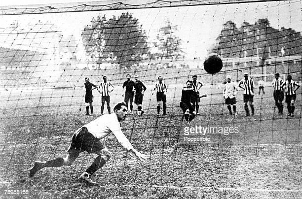 Olympic Games, Antwerp, Belgium, Soccer Final, Belgium v Czechoslovakia, Gold medal winners Belgium score with a penalty