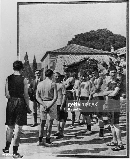 Olympic Games, Athens, Greece, Marathon, Competitors get ready to start the race