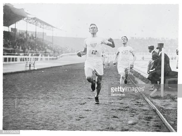 Olympic Games London England 1908 1500 meter flat race finish Melvin Sheppard 1st USA and Harold Wilson 2nd Britain