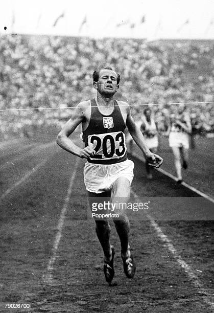 Olympic Games London England Men's 10000 Metres Czechoslovakia's Emil Zatopek in action to win the gold medal