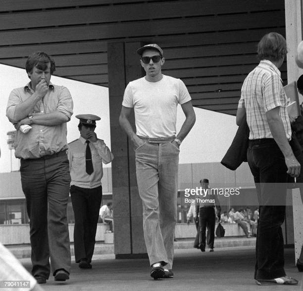 Olympic Games Moscow Russia 24th July 1980 Men's Athletics British runner Steve Ovett in the Olympic village with his close friend Andy Norman
