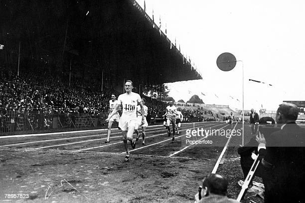 Olympic Games Paris France Men's 800 Metres Heat Great Britain's GN Stallard wins the race