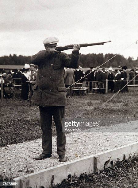 Olympic Games, Stockholm, Shooting, Running Deer, Single Shot, Sweden's gold medallist Alfred Swahn aiming with his gun during the event