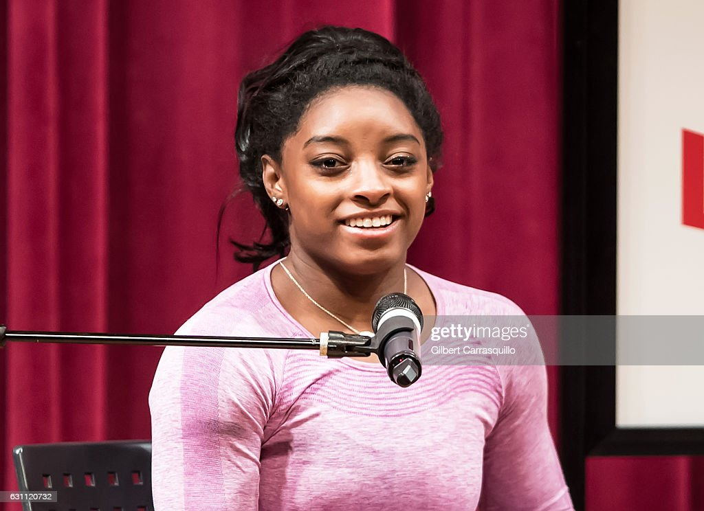 "Simone Biles Signs Copies Of ""Courage To Soar: A Body In Motion, A Life In Balance"" : News Photo"