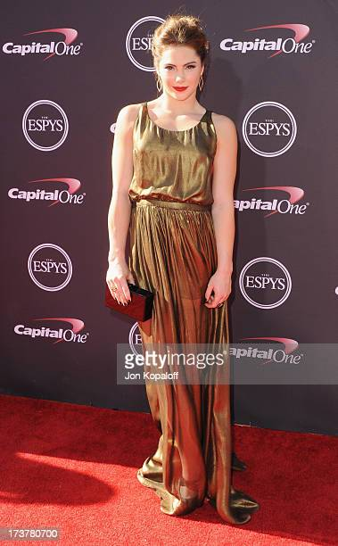 Olympic gymnast McKayla Maroney arrives at The 2013 ESPY Awards at Nokia Theatre L.A. Live on July 17, 2013 in Los Angeles, California.