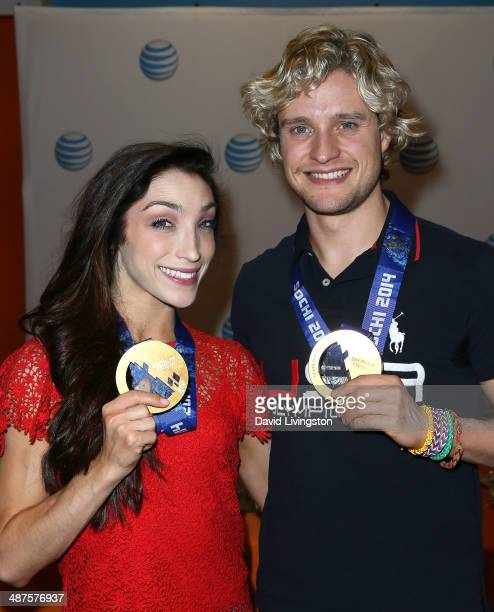 S Olympic ice dancing gold medalists Meryl Davis and Charlie White attend a fan meetandgreet at the ATT Store on April 30 2014 in West Hollywood...