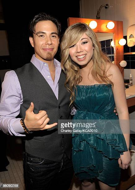 COVERAGE** Olympic Speed Skater Apollo Anton Ohno and actress Jennette McCurdy backstage at Nickelodeon's 23rd Annual Kids' Choice Awards held at...