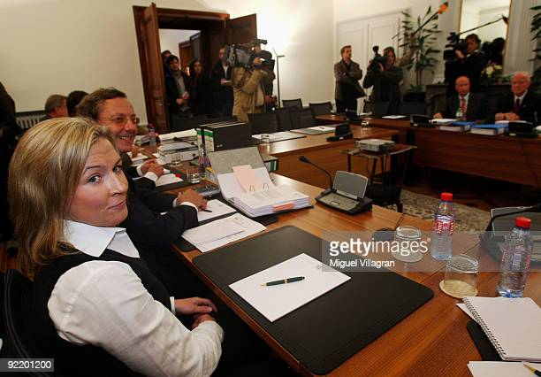 Olympic speed skating champion Claudia Pechstein and her lawyer Christian Kraehe look on at the court of Arbitration for Sport on October 22 2009 in...