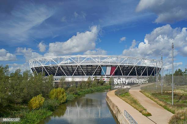 olympic stadium and park - olympic stadium london stock pictures, royalty-free photos & images