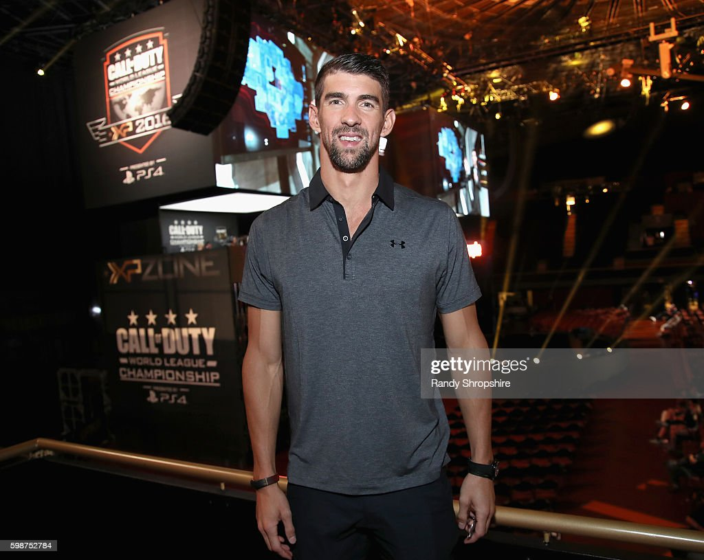 Olympic swimmer Michael Phelps attends The Ultimate Fan Experience, Call Of Duty XP 2016 presented by Activision at The Forum on September 2, 2016 in Inglewood, California.