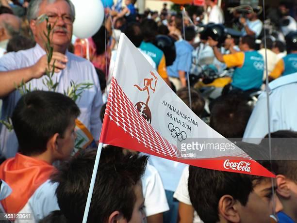 olympic torch relay 2004 - sponsra bildbanksfoton och bilder