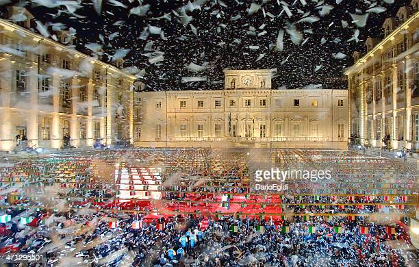 olympic winter games, turin 2006, the arrival of olympic torch - winter sports event stock pictures, royalty-free photos & images
